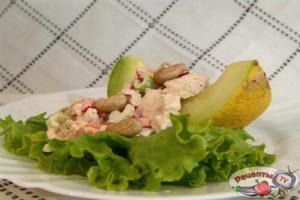 recept-salat-s-kurinoj-grudkoj-i-dynej_5754 copy